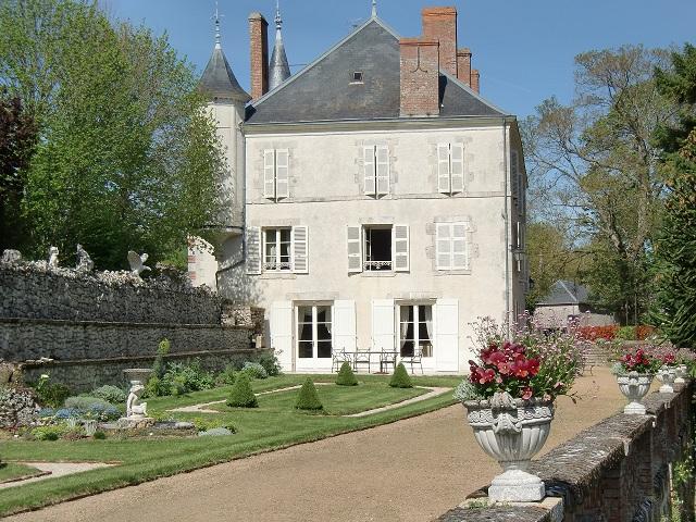 Chambres d 39 h tes blois beaugency ch teau de guignes - Chambre d hote chateau renard ...